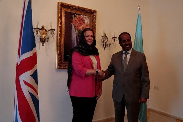 New British envoy to Somalia presents credentials to Somalia