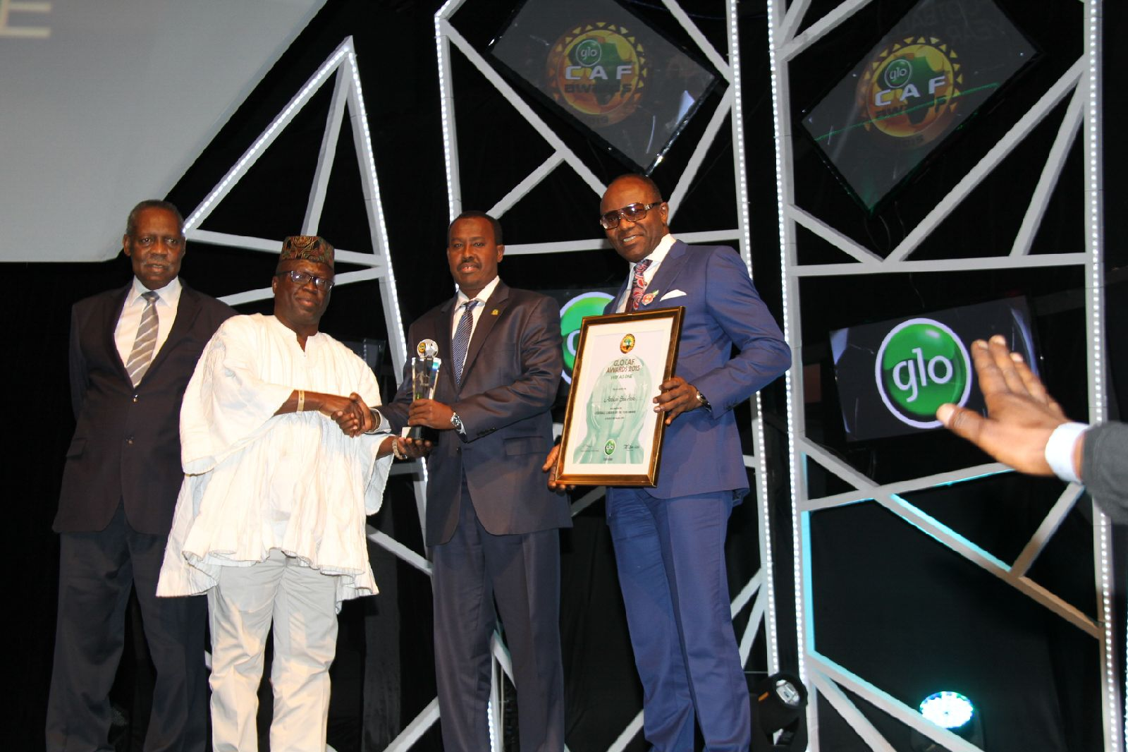 Somali Football Federation and CECAFA vice president, Abdiqani Said Arab (second from right) receives the African Football Leader of the Year during the Glo Awards in Nigeria 2015. File Photo: Somali Football Federation