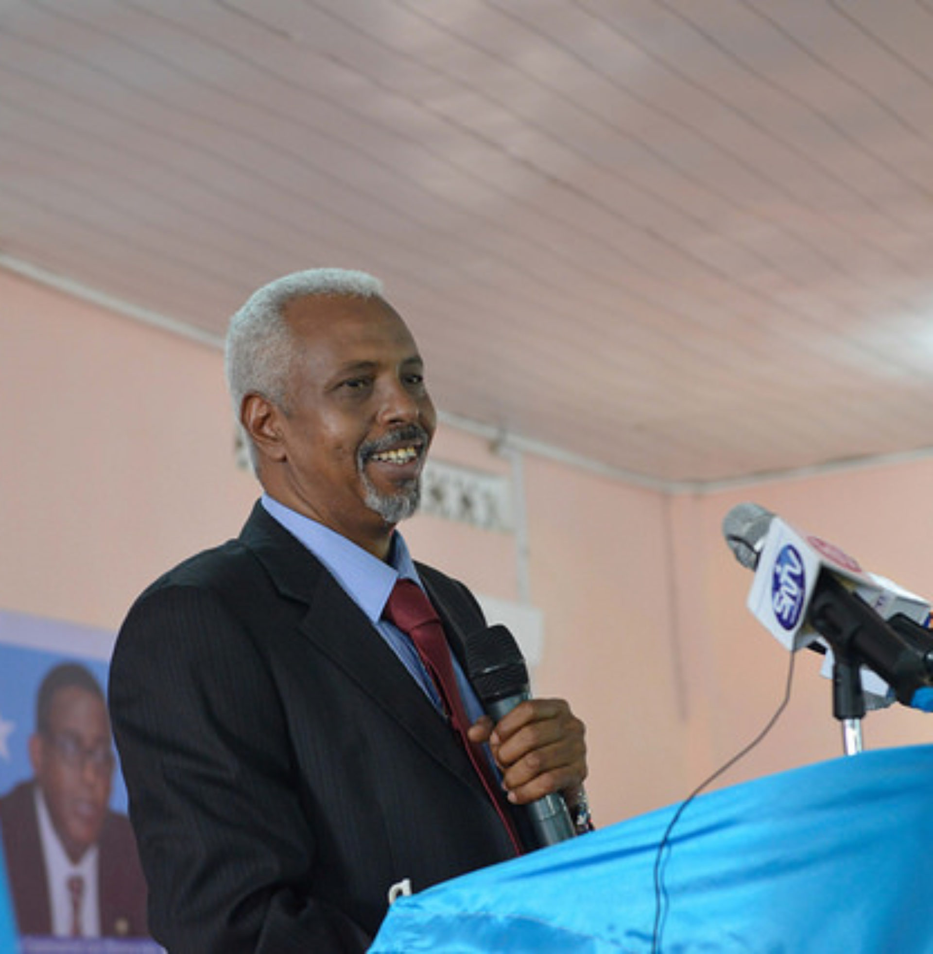 The-President-of-the-newly-formed-HirShabelle-Administration-Ali-Abdullahi-Osoble-addresses-guests-during-his-inauguration-ceremony-held-in-Jowhar-on-October-22-2016.-UN-Photo-Ilyas-Ahmed-1920x1965.jpg