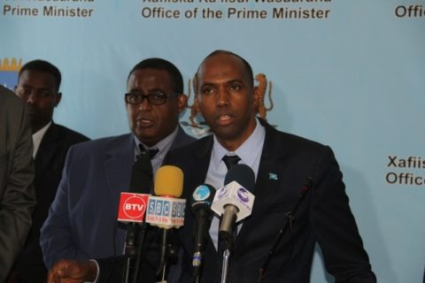 PM Hassan Khaire addressing the media during hand over of office from former PM Omar Sharmarke in March 2. Photo: Goobjoog News
