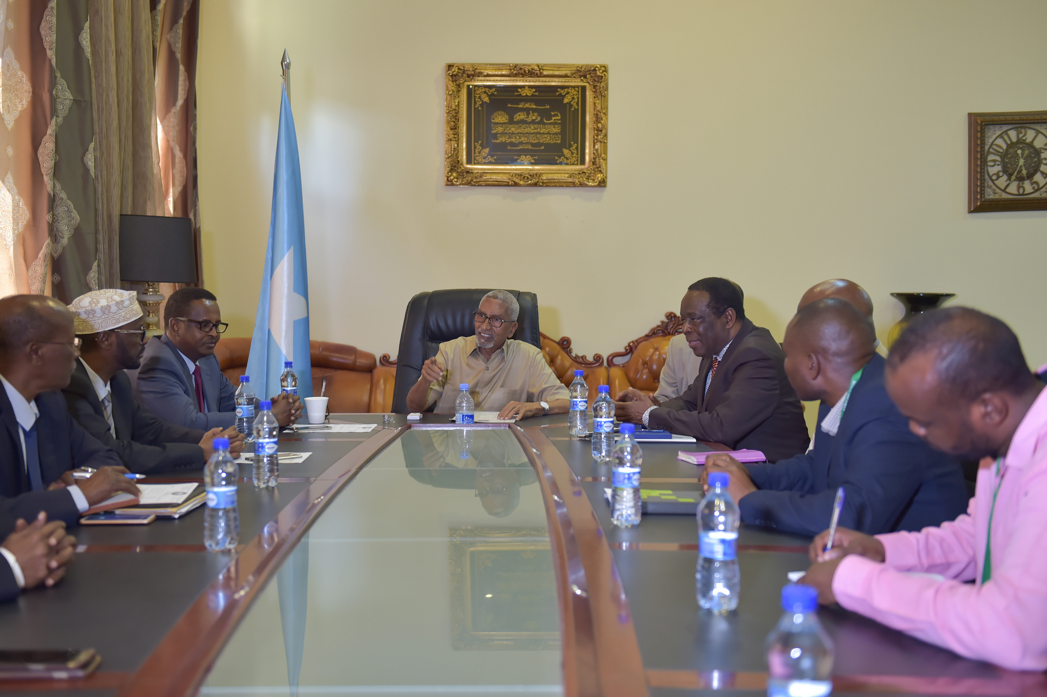 AU Special Representative holds talks with members of