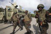 Ugandan peacekeepers from AMISOM patrol inside Banadir hospital in Somalia's capital Mogadishu