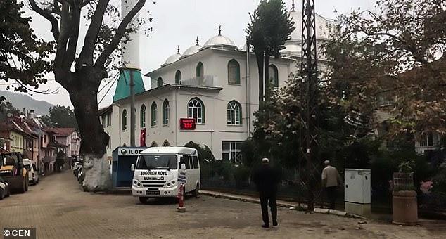 Turkiga: Imaam Masaajid oo Daahrogay in 37 sano Loo Tukanayey Jiho Khaldan!