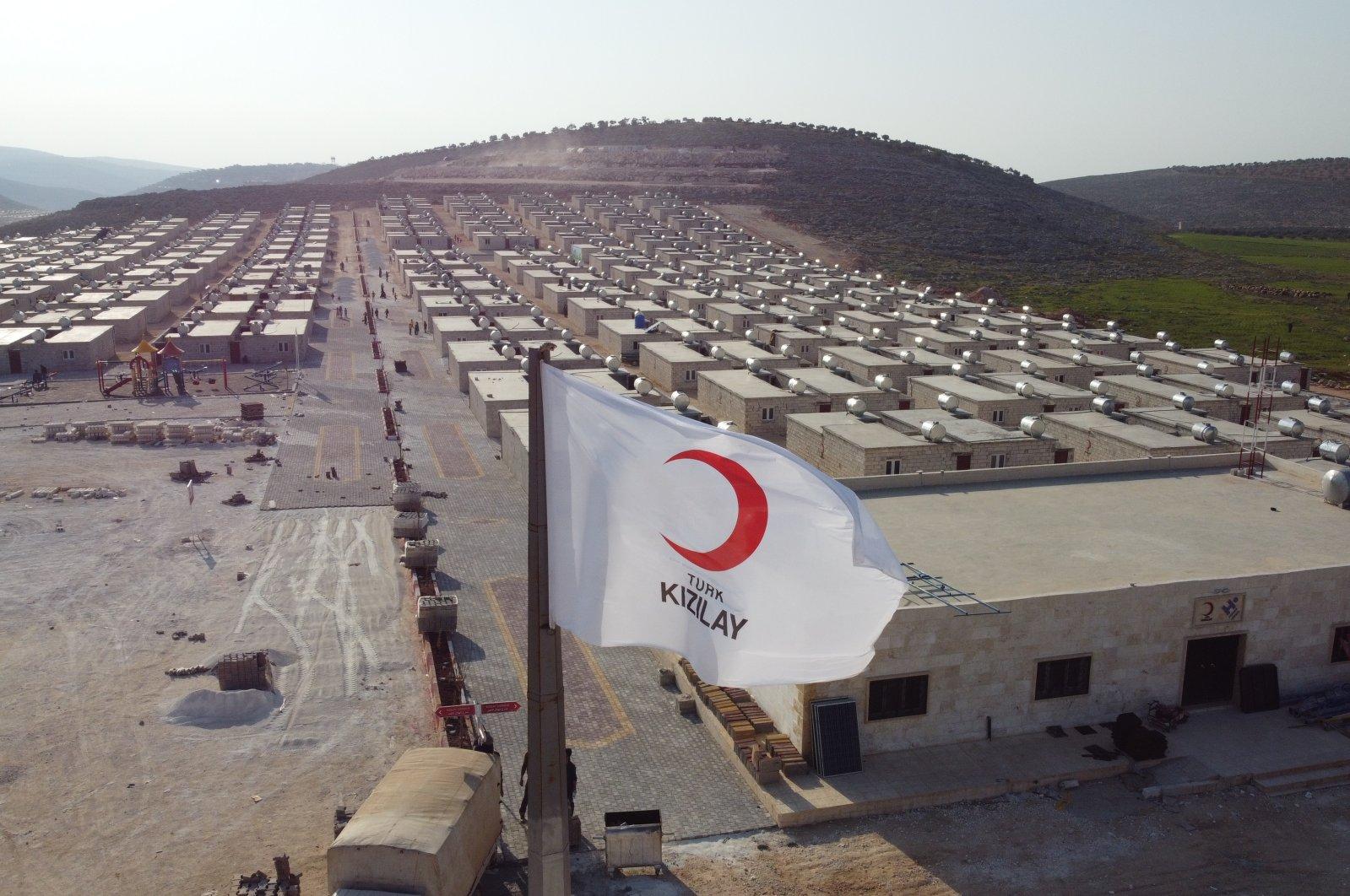 Turkiga Oo Barakacayaasha Syria Ugu Deeqay In Ka Badan  Kun Guri
